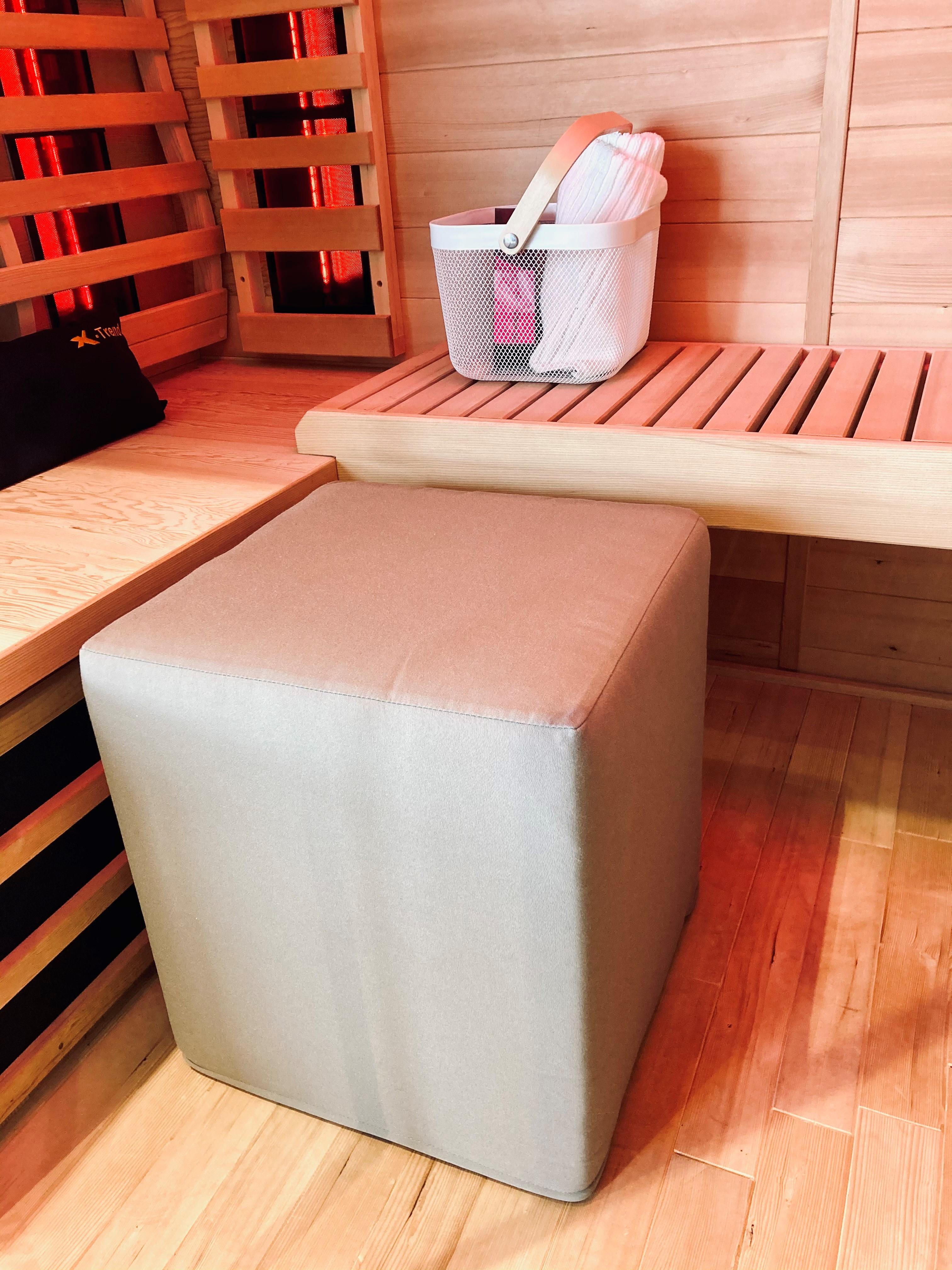 poef sauna